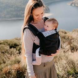 Néo Plus, porte-bébé physiologique de 3 mois à 3 ans